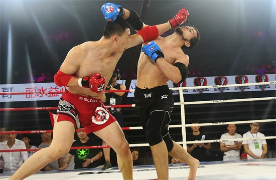 """""""我就是拳王""""中法对抗赛在南沙体育馆举行"""