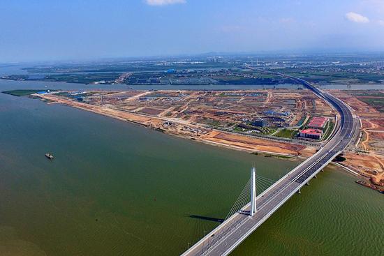 中国交建:明珠湾...