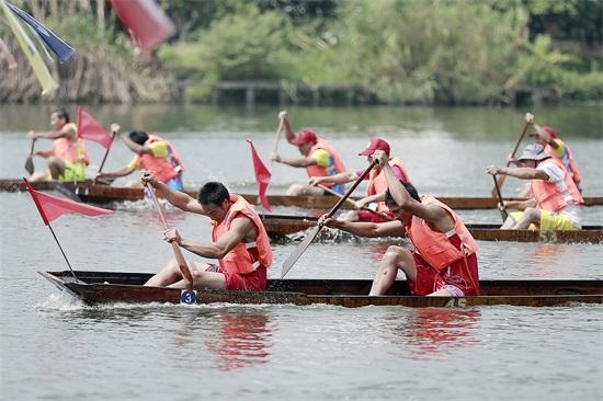 横沥农民金秋赛农艇 女子龙舟全运会获6个单项冠军
